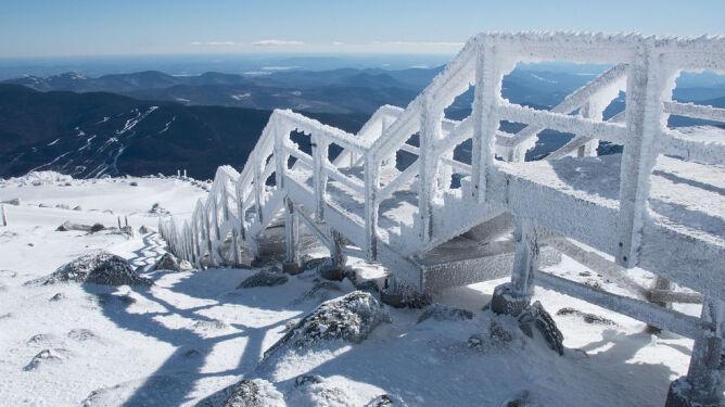 Szczyt w USA z rekordowym mrozem. <br />Zimniej tylko w Jakucku i Ontario